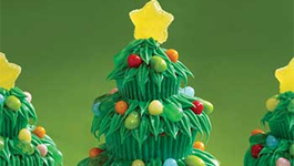 Christmas Holiday Trim The Tree Cupcakes