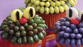 Creepy Critter Halloween Cupcakes