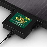 Battery Tender 12V, 540mA, 10W Solar Battery Charger Image 1