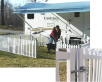 Picket Play Fence System For Pets By SafetyStep Image 8