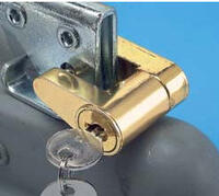 trailer-coupler-locks