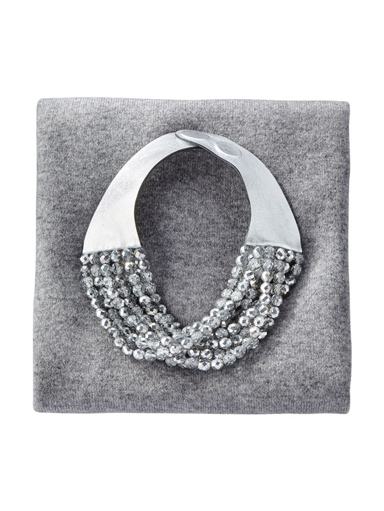 laura silver necklace