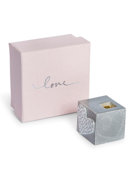 love cube paperweight