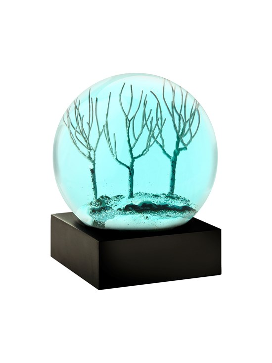 winter tree eve snow globe