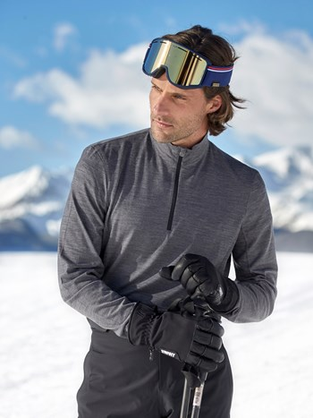 runner half zip turtleneck