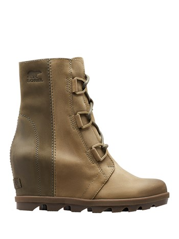 joan of arctic wedge boot