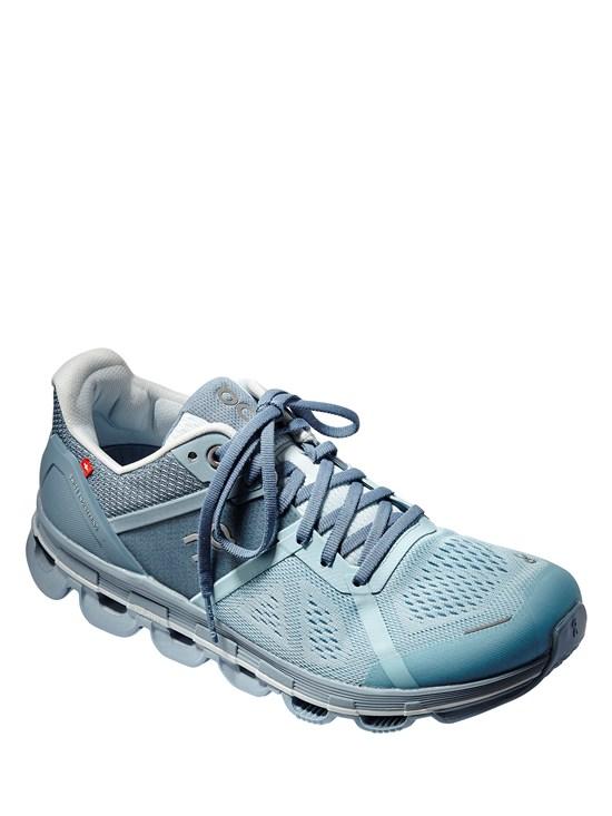 7063f4d03 cloudace aqua/wash running shoe. Item # 116.0033