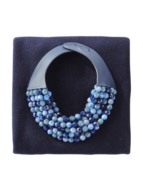 bella navy necklace