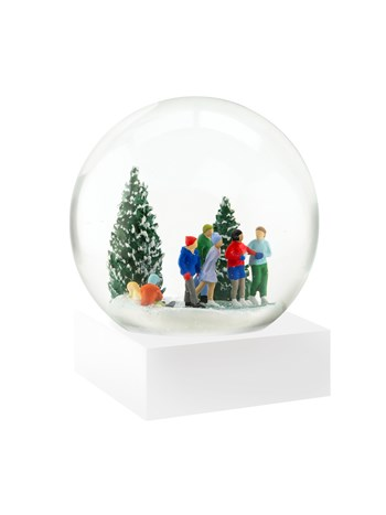 ice skaters snow globe