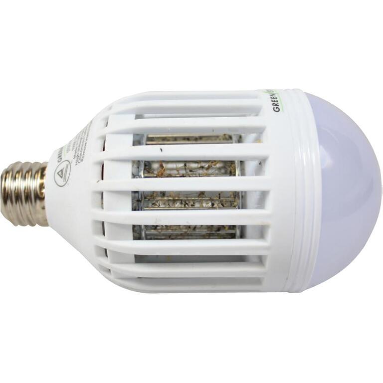 GREEN STRIKE Mosquito Zapper LED Light Bulb
