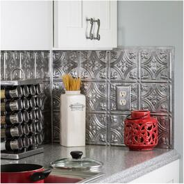 "18"" Crosshatch Silver Backsplash J-Trim thumb"