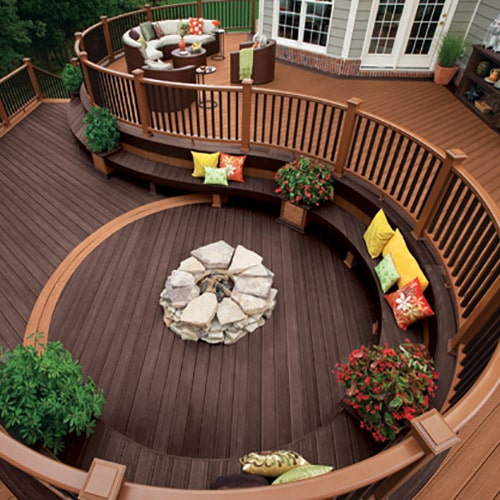 Curved Composite Backyard Deck