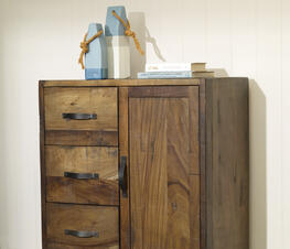 Chest/Armoire thumb