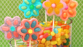 Spring White Chocolate Pops