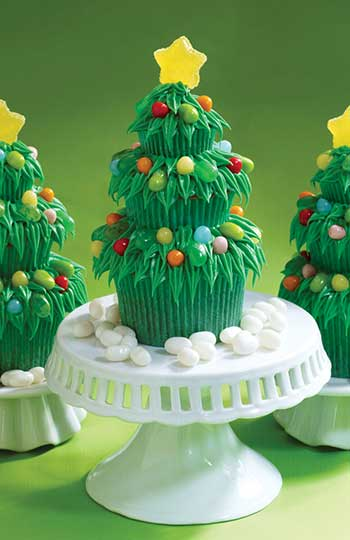 Trim the Tree Cupcakes