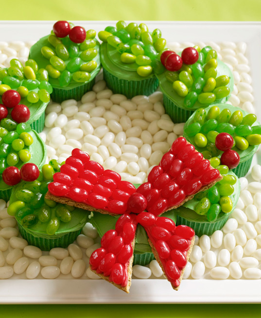 Holiday Wreath Cupcakes