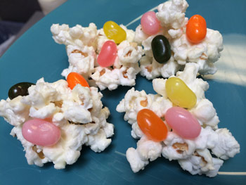 White Chocolate Popcorn Clouds